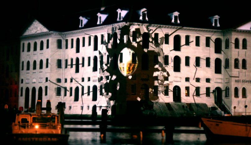 Projection mapping on Scheepvaartsmuseum during Light Festival Amsterdam
